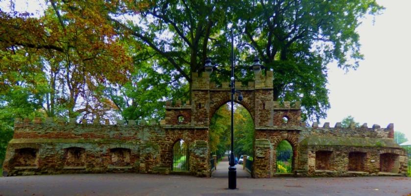 Guanock Gate 1