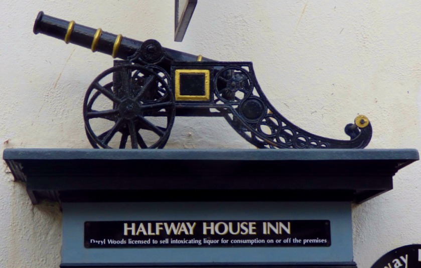 Halfay House Inn cannon