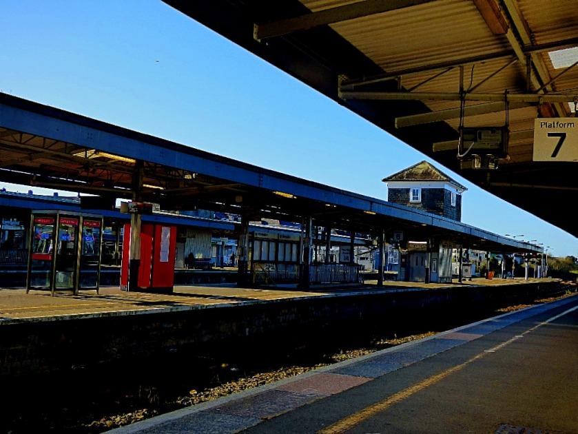 Platform 7, Plymouth