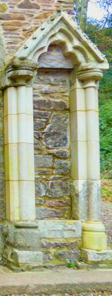 side pediment