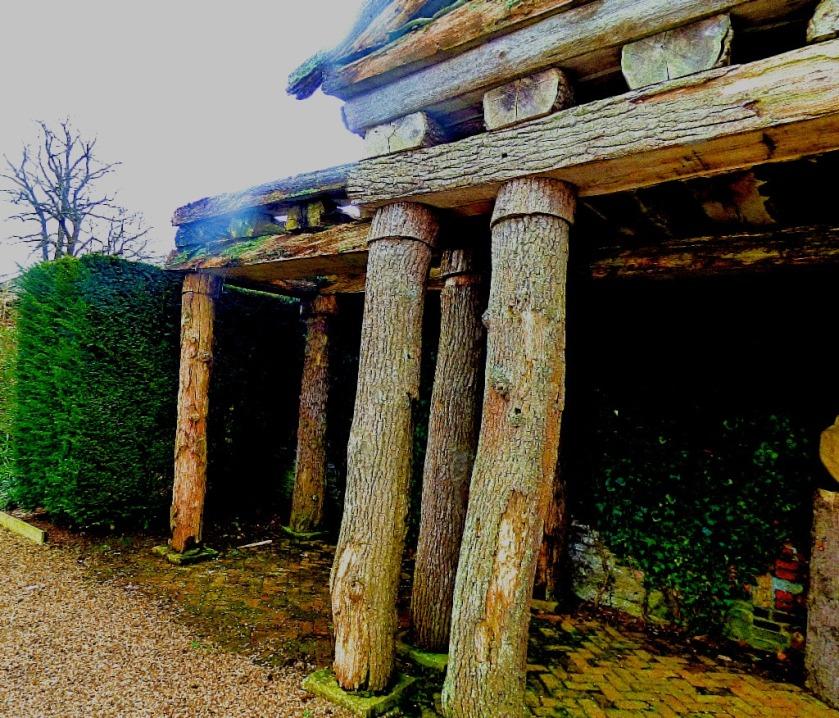 Tree temple LH