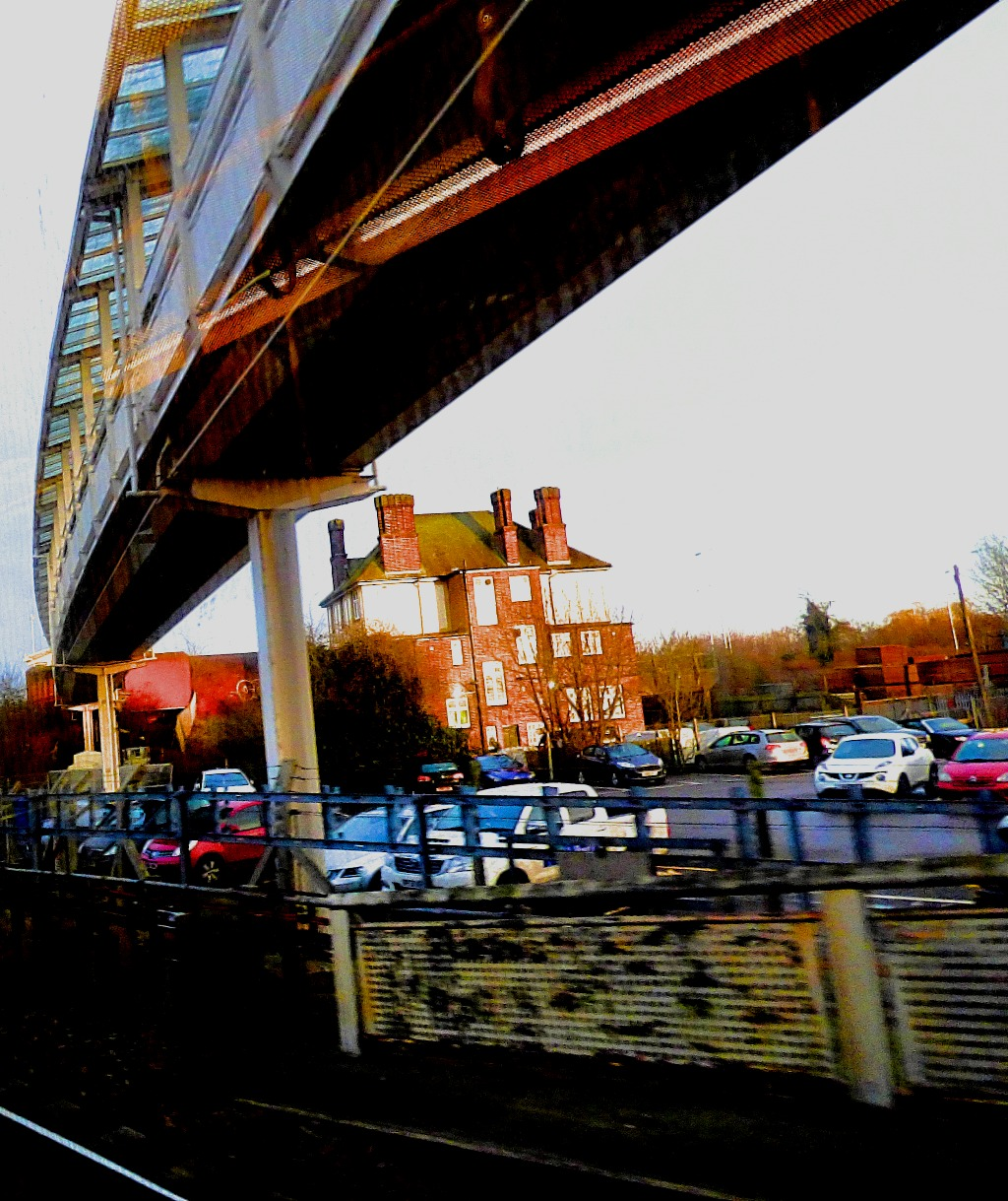 Hillingdon footbridge