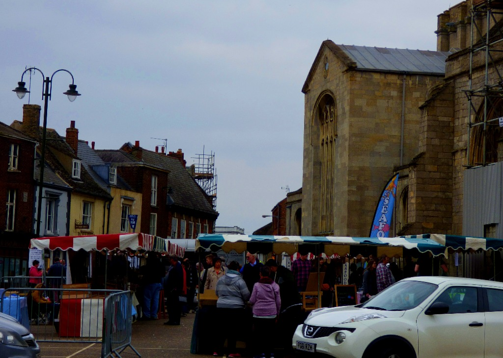 Saturday Market Place