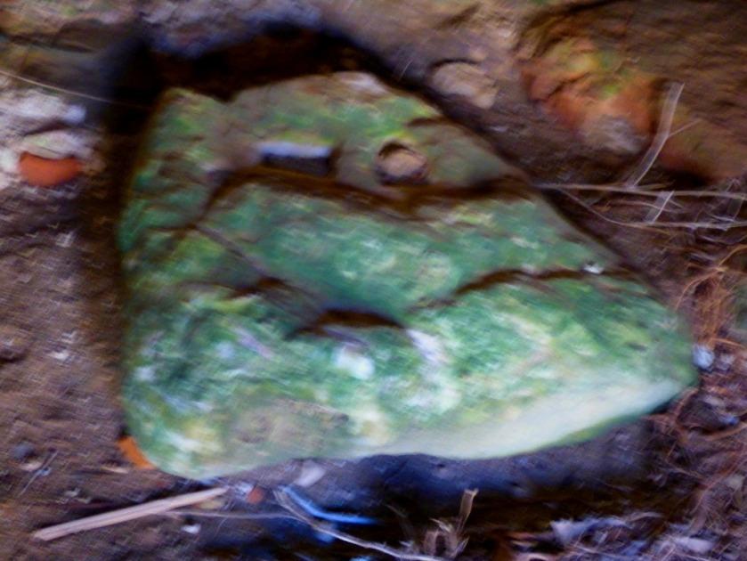 Loose piece of stonework