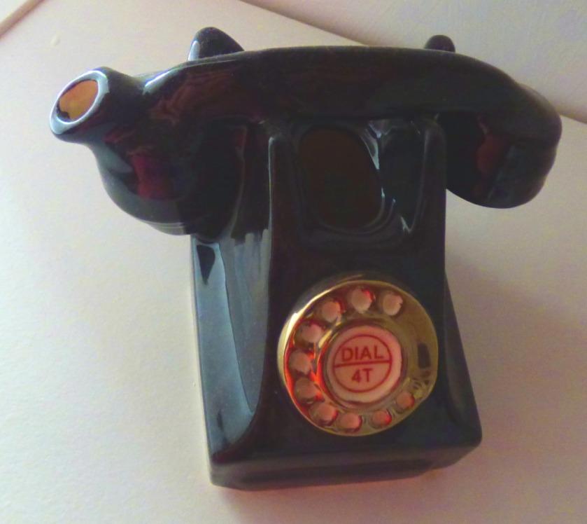 telephone teapot, Tseria