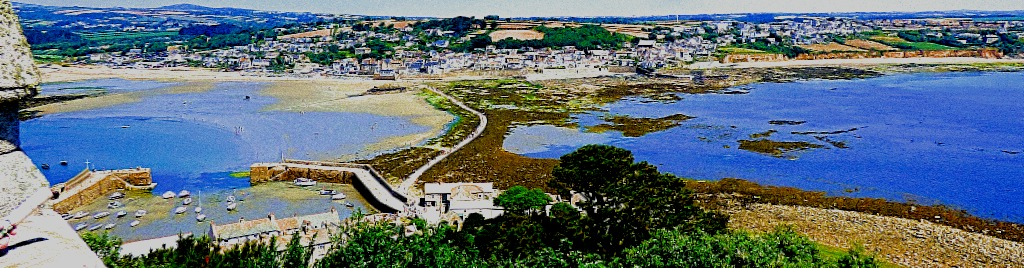 Harbour, causeway and Marazion from above