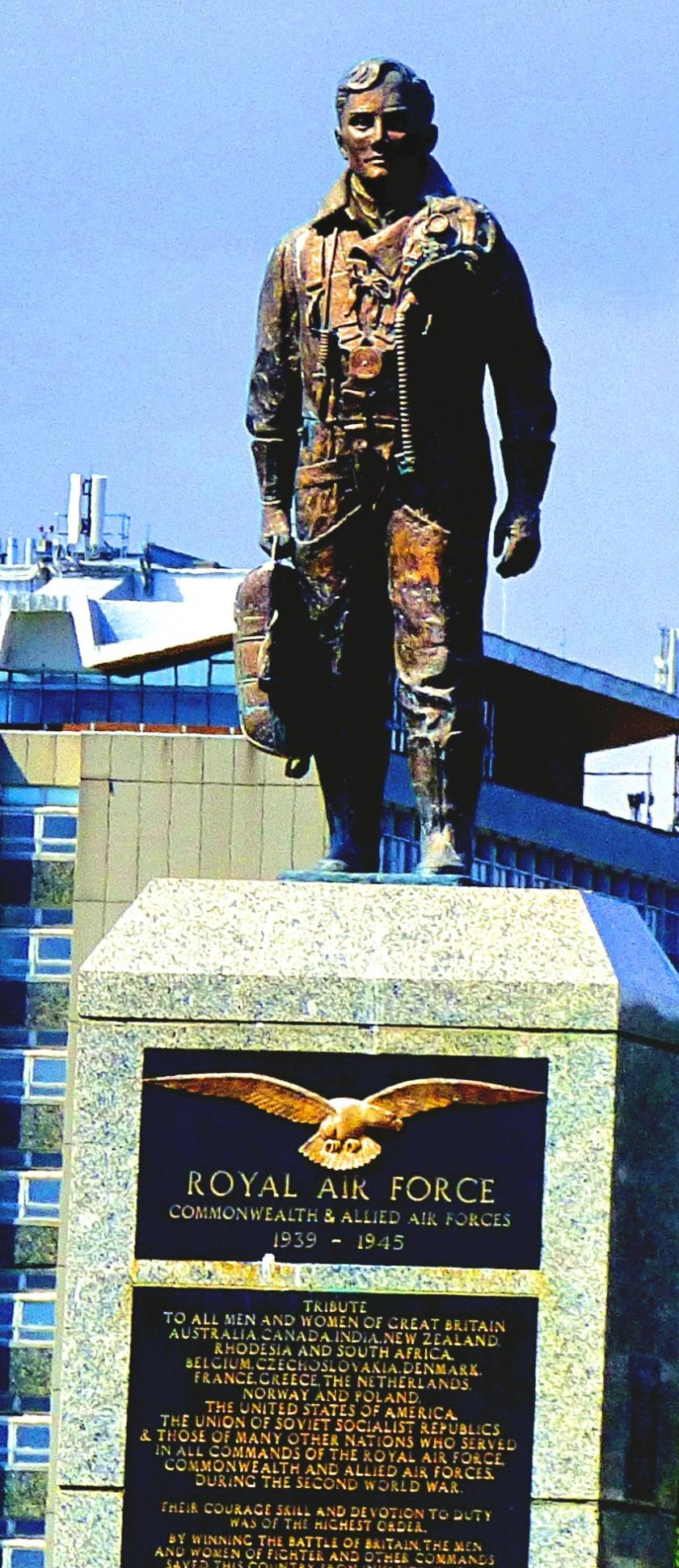 RAF Statue