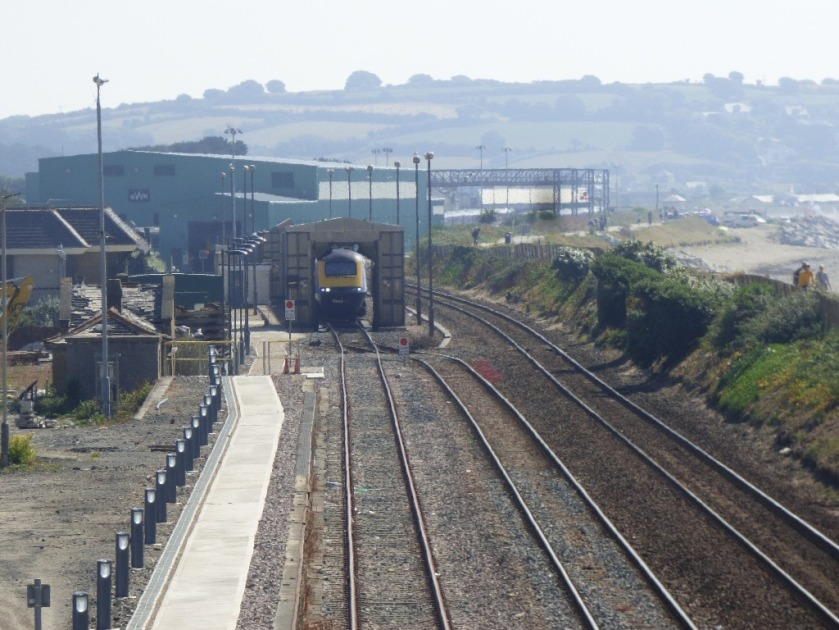 Train coming towards Penzance