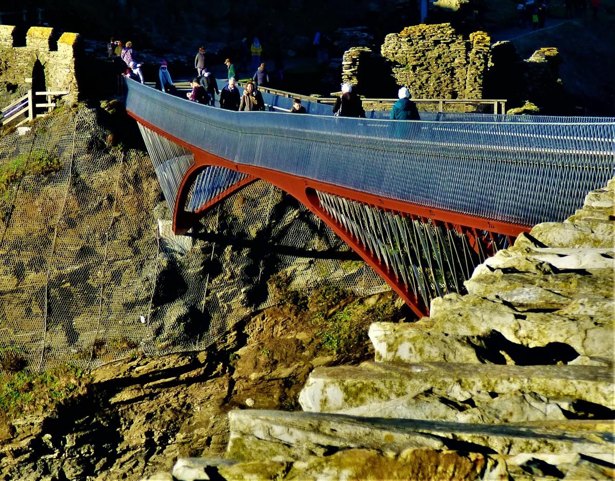 Cornish Winter Break 9: Tintagel 1 – A Bridge to the DistantPast